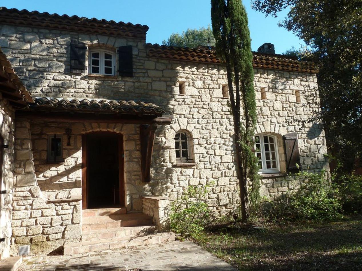 A vendre  Castries | Réf 3429824571 - 1001 clés