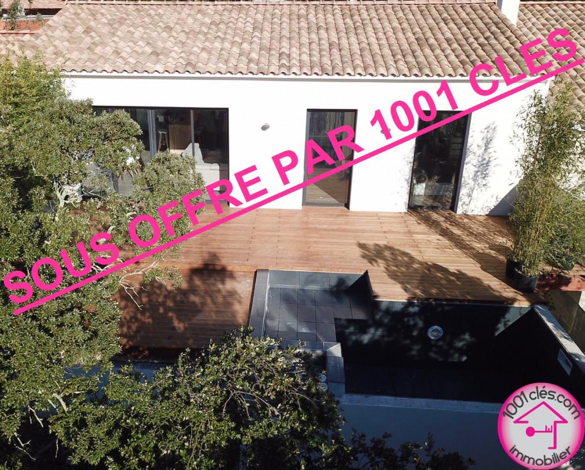 A vendre Castries 342985978 1001 clés