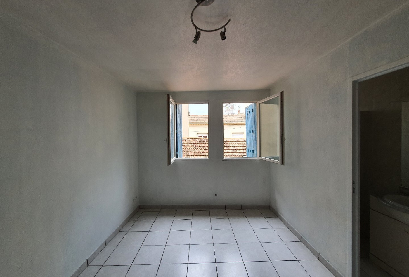 A vendre  Beziers   Réf 343013100 - Agences daure immobilier