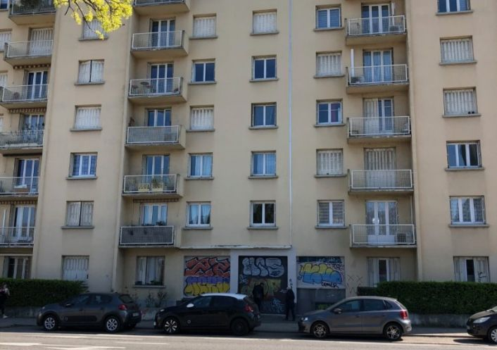 A vendre Local commercial Grenoble   R�f 3431756666 - Flash immobilier