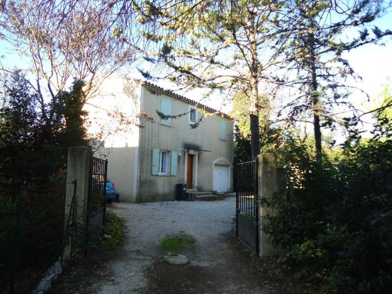 A louer Nimes 3432516238 Thélène immobilier