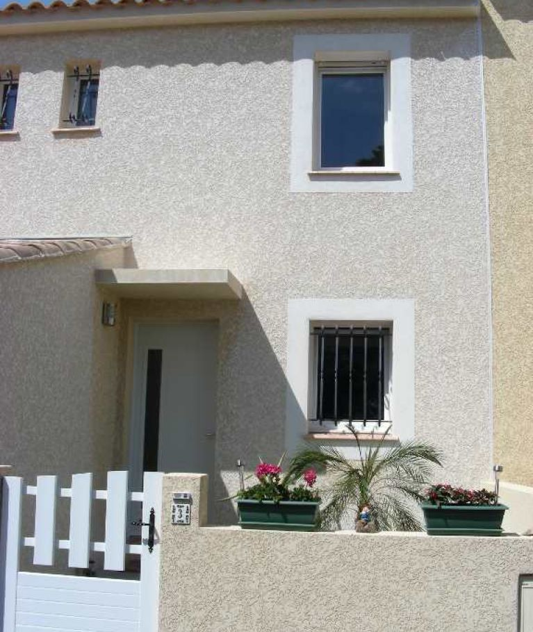 A vendre Calvisson 3432518792 Thélène immobilier
