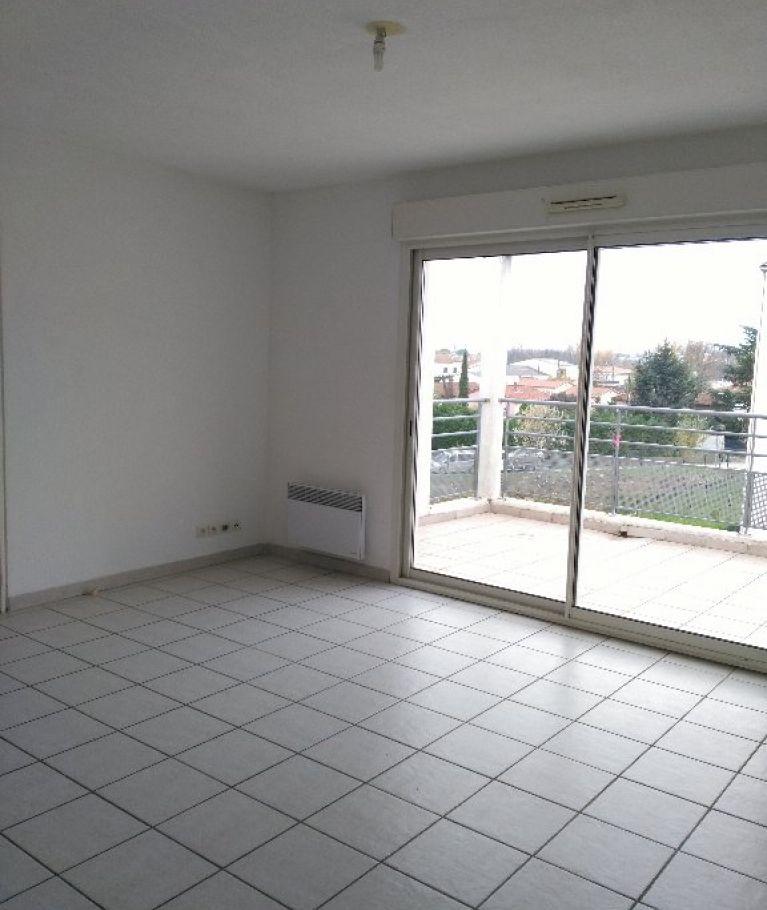 A louer Ales 3432526869 Thélène immobilier