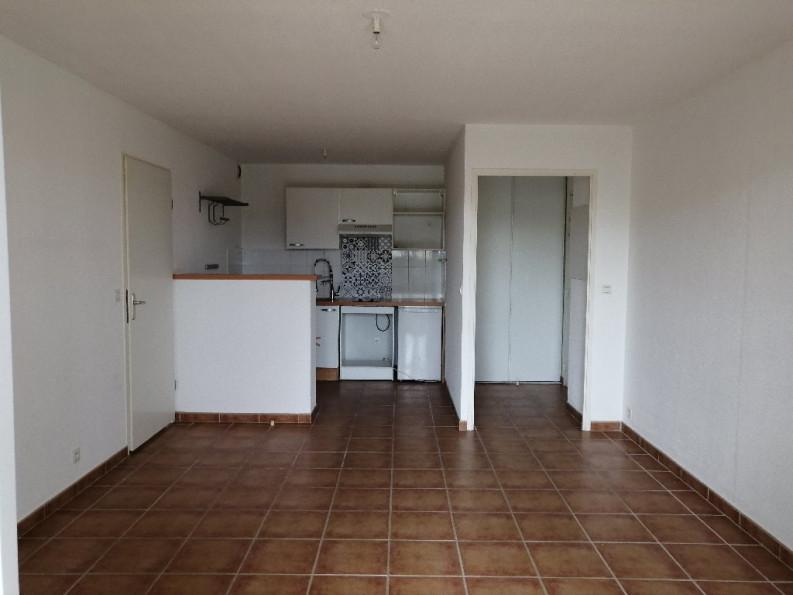 A louer Uzes 3432527984 Thélène immobilier