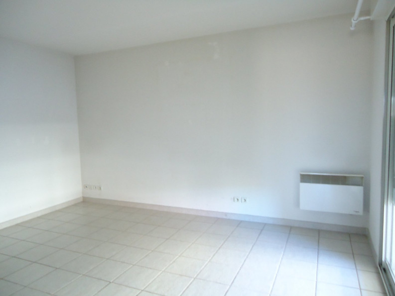 A louer Ales 3432540041 Thélène immobilier
