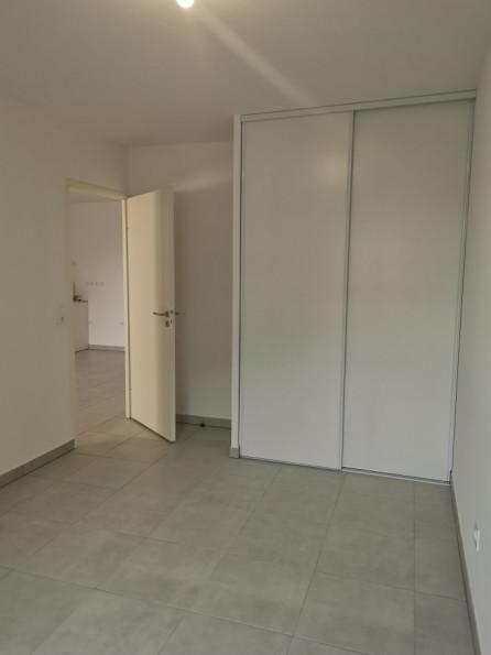 A louer Saint Bres 3432541274 Thélène immobilier