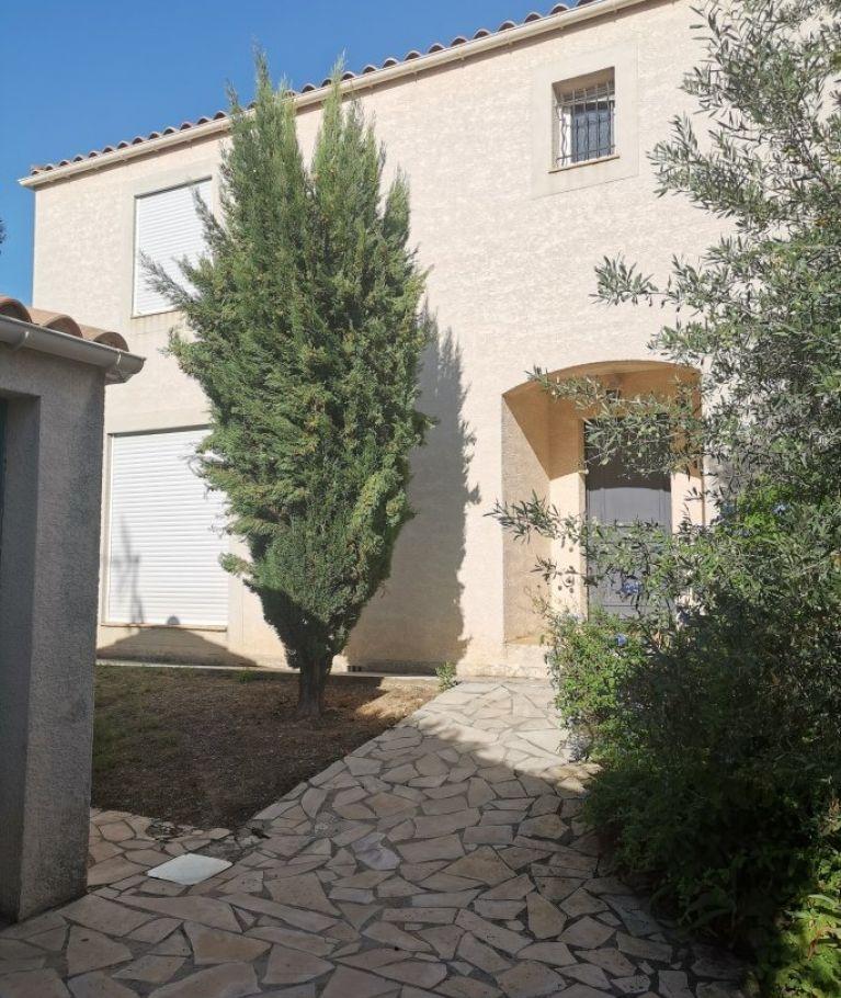 A louer Montpellier  3432556137 Thélène immobilier