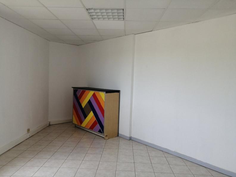 A louer Lunel 3432556759 Thélène immobilier