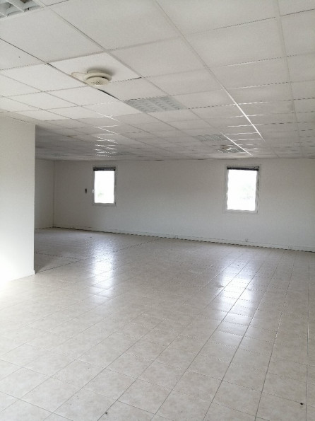 A louer Lunel 3432556760 Thélène immobilier