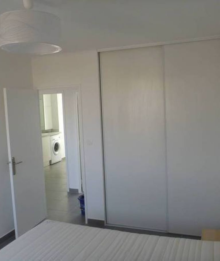 A louer Montpellier  3432557745 Thélène immobilier