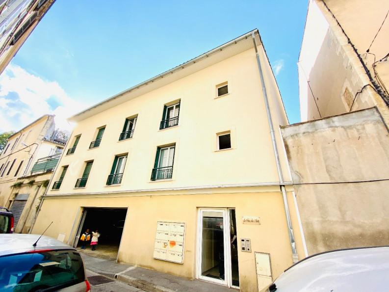 A vendre  Nimes   Réf 3432559184 - Thélène immobilier