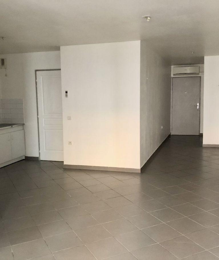 A louer  Nimes   Réf 3432562035 - Thélène immobilier