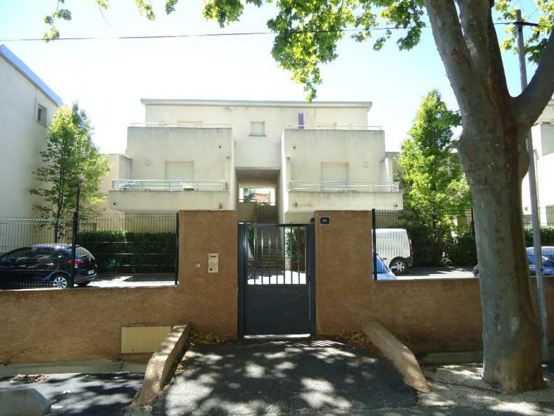 A louer  Nimes   Réf 3432618080 - Thélène immobilier