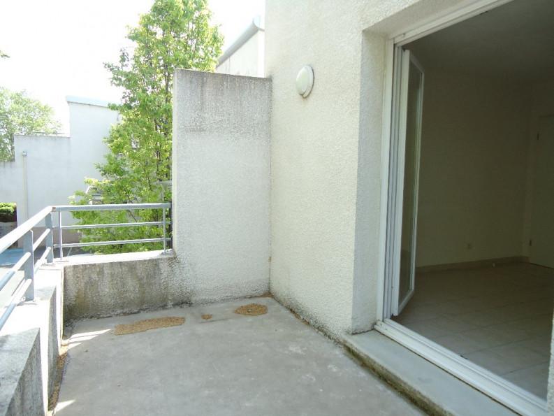 A louer Nimes 3432621097 Thélène immobilier