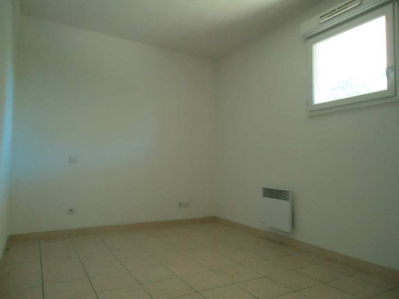 A vendre Nimes 3432626870 Thélène immobilier