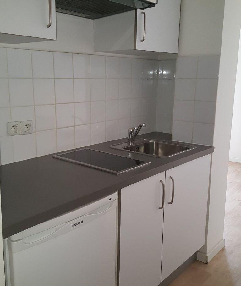A louer Montpellier  3432635230 Thélène immobilier
