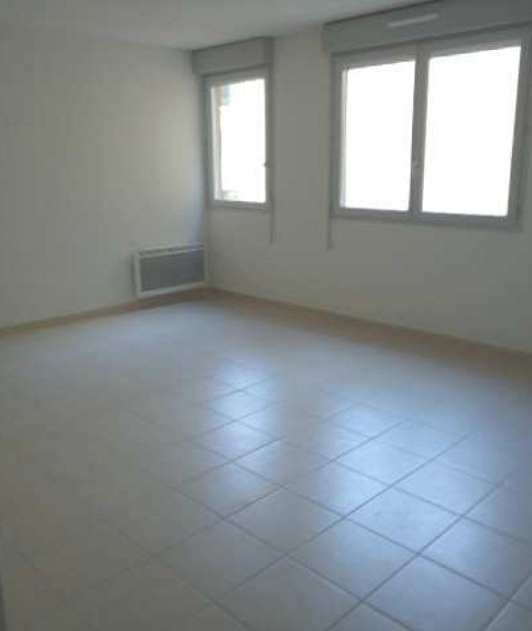 A louer  Nimes | Réf 343268536 - Thélène immobilier