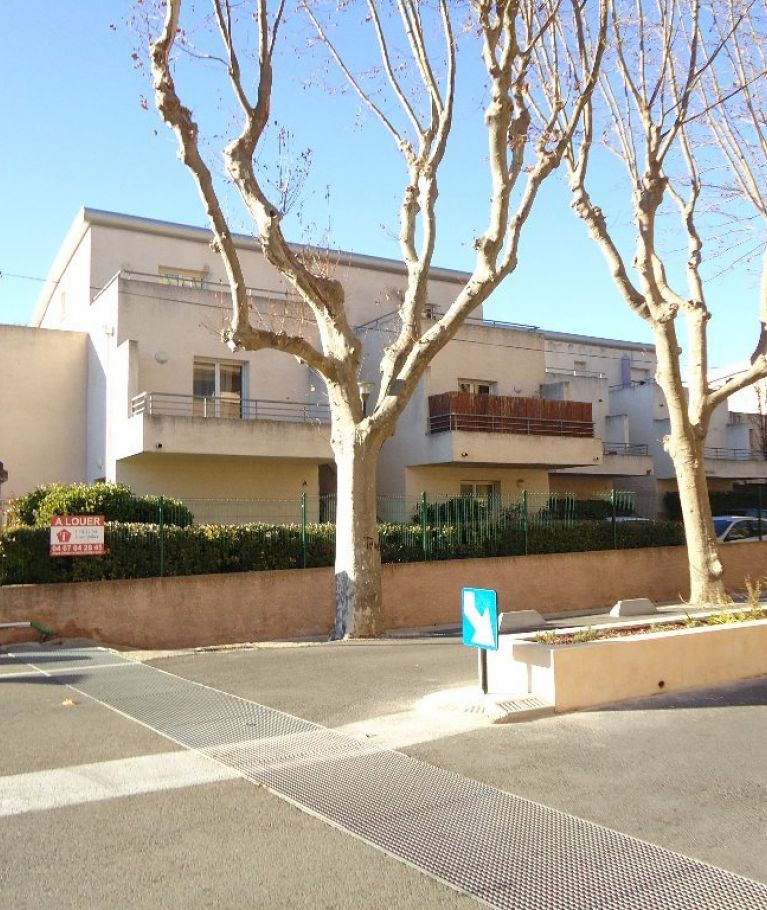 A louer  Nimes   Réf 343268582 - Thélène immobilier