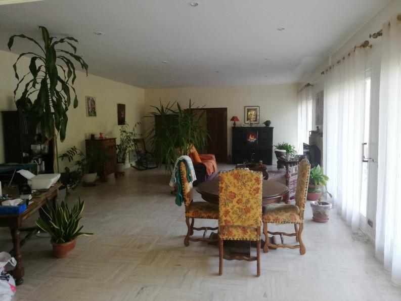 A vendre  Bordeaux   Réf 343302774 - Hôtels à vendre