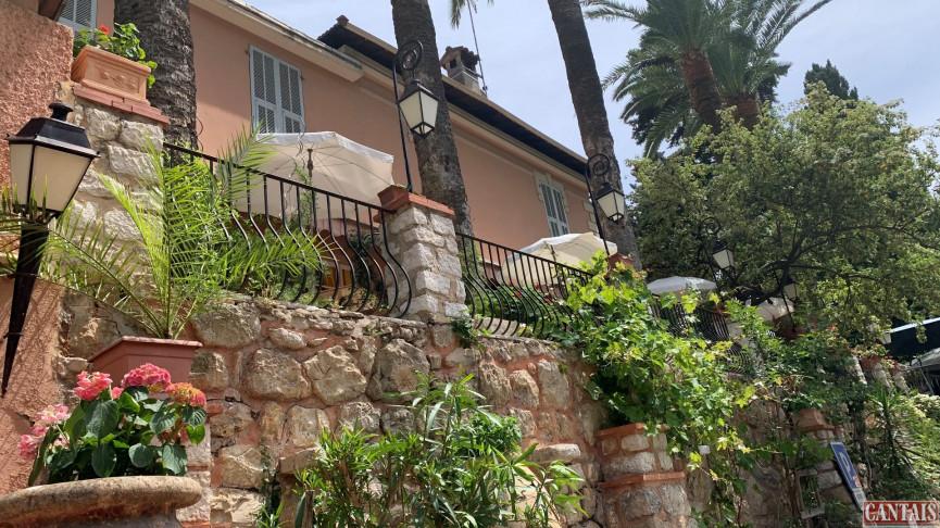 For sale  Nice | Réf 343303264 - Hôtels à vendre