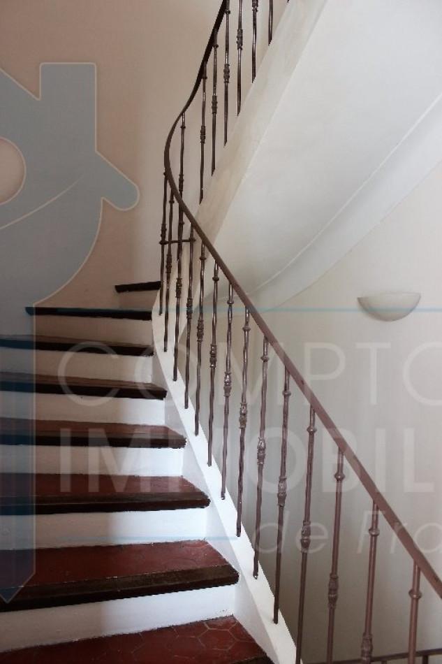 A vendre Lauris 3438016687 Comptoir immobilier du luberon