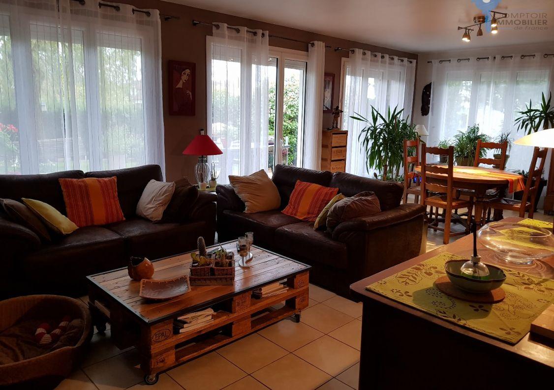 A vendre Le Coudray Montceaux 3438024803 Comptoir immobilier de france