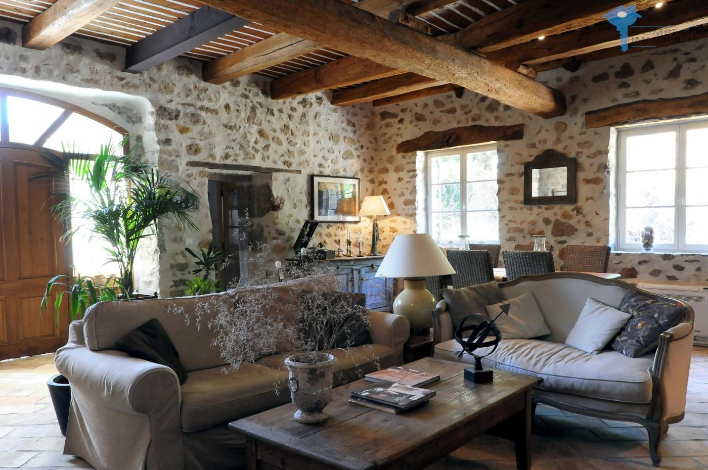 A vendre Draguignan  3438027216 Cif prestige