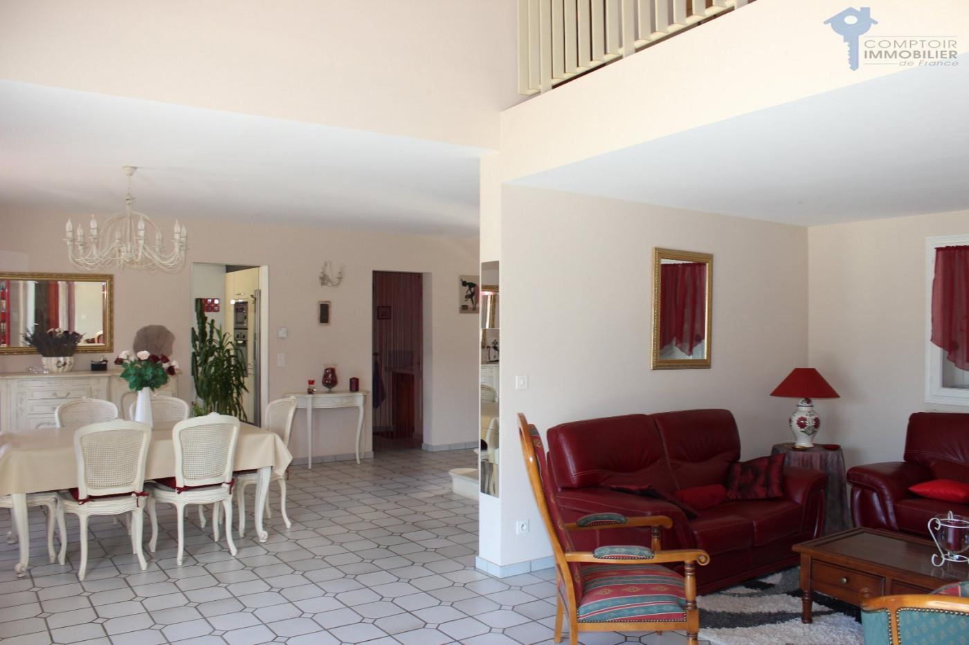 A vendre Lauris 3438027842 Comptoir immobilier du luberon