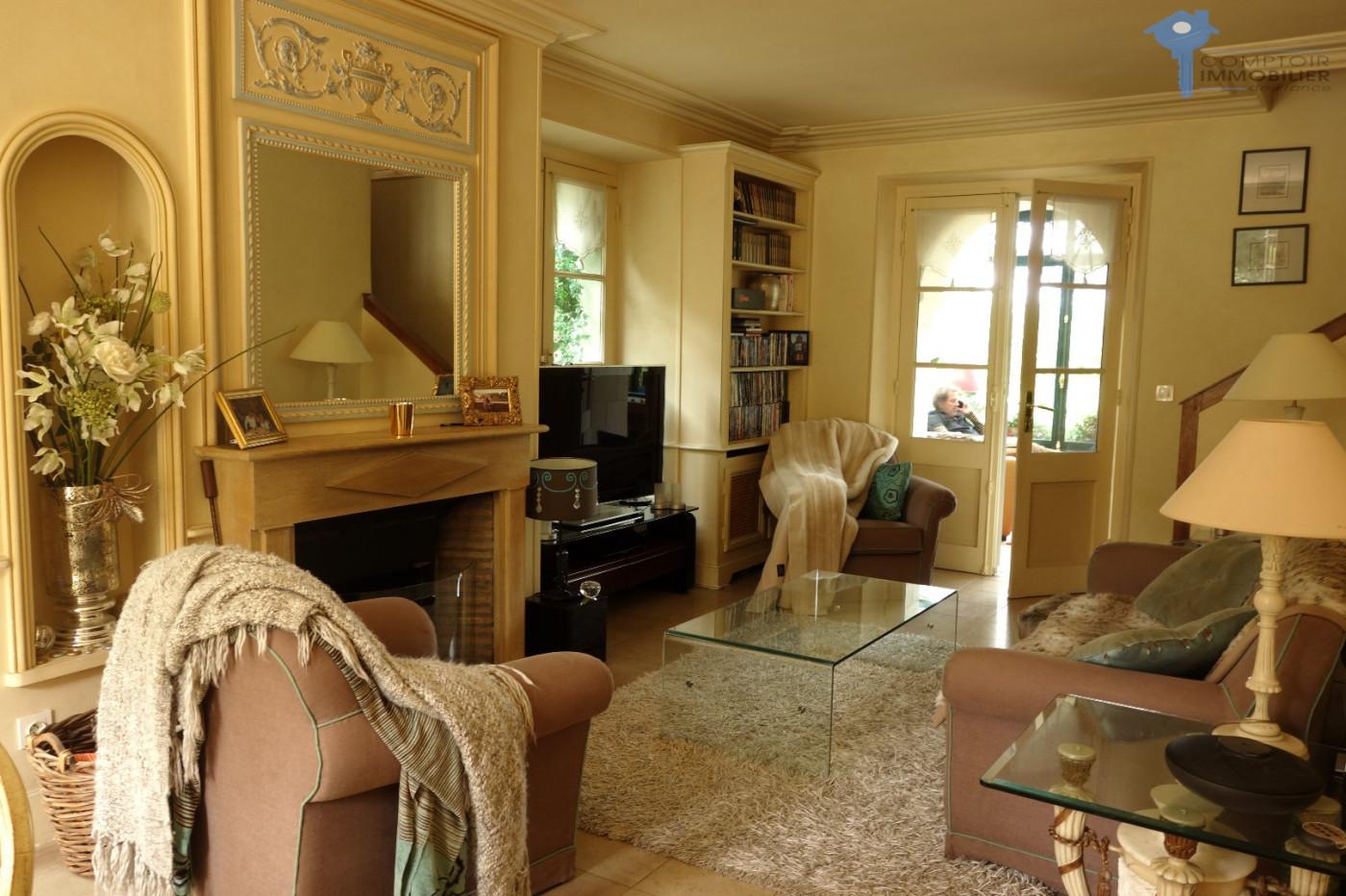 A vendre Montfort L'amaury 3438029488 Cif prestige
