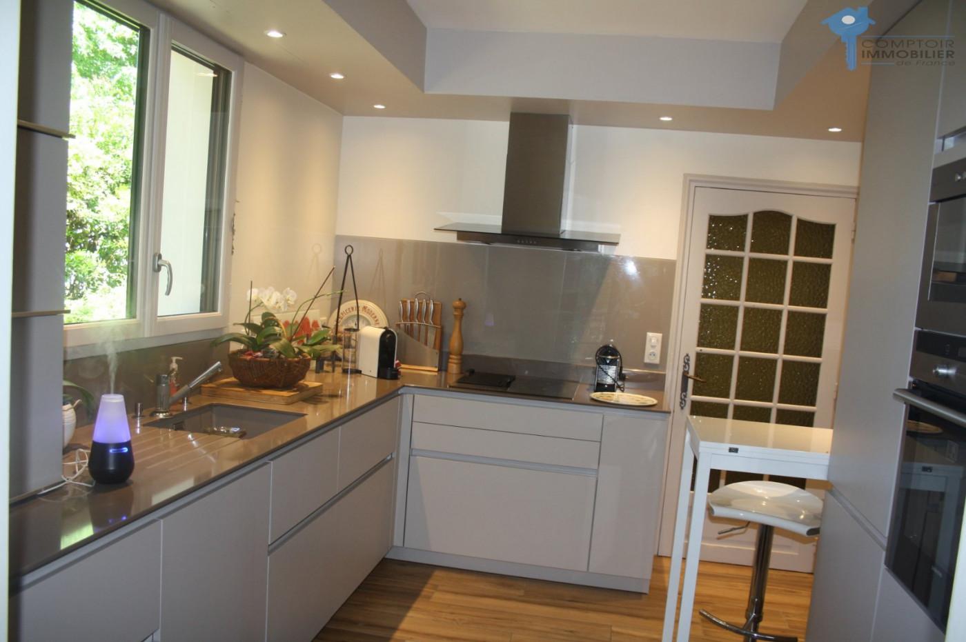 A vendre Urcuit 3438030277 Comptoir immobilier de france