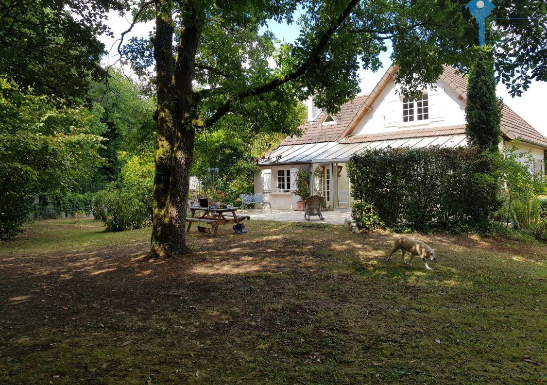 A vendre Champcueil 3438030987 Comptoir immobilier de france