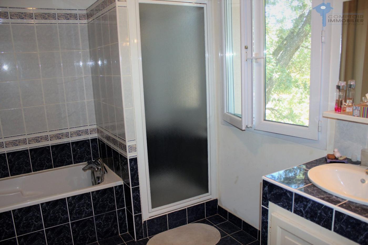 A vendre Lauris 3438031476 Comptoir immobilier de france