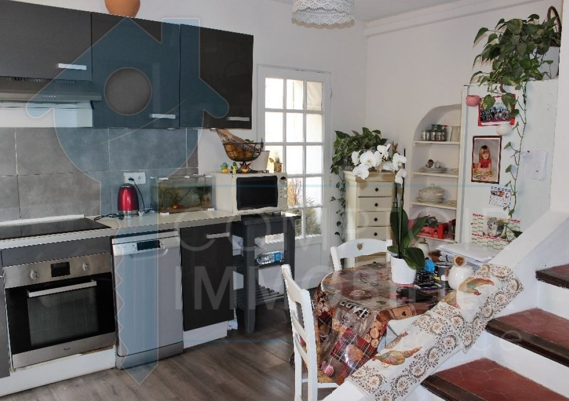 A vendre Lauris 3438032551 Comptoir immobilier de france
