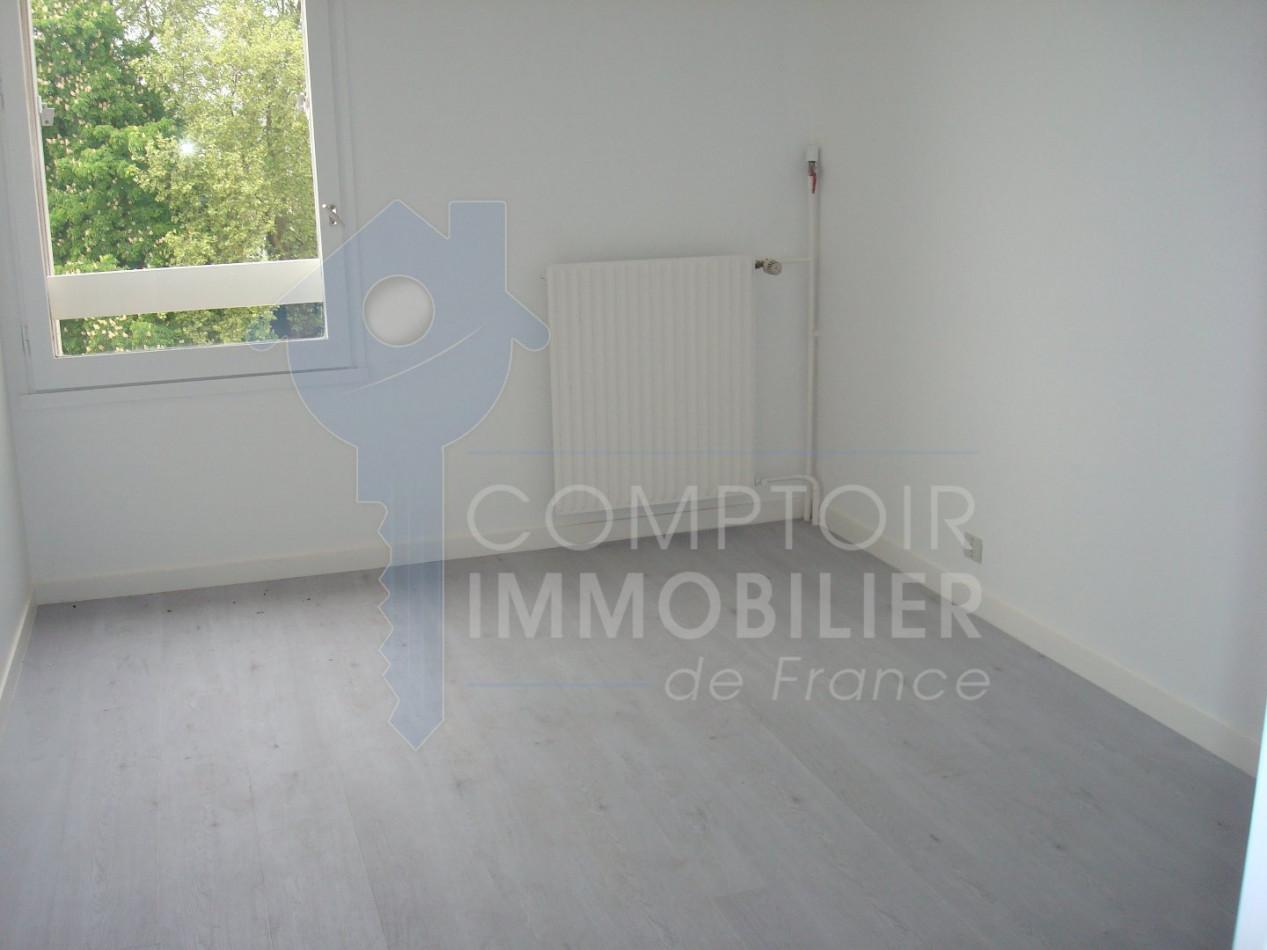 A vendre Corbeil Essonnes 3438032877 Comptoir immobilier de france