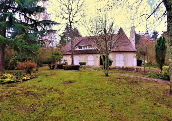 For sale Villemandeur 3438034961 Cif prestige