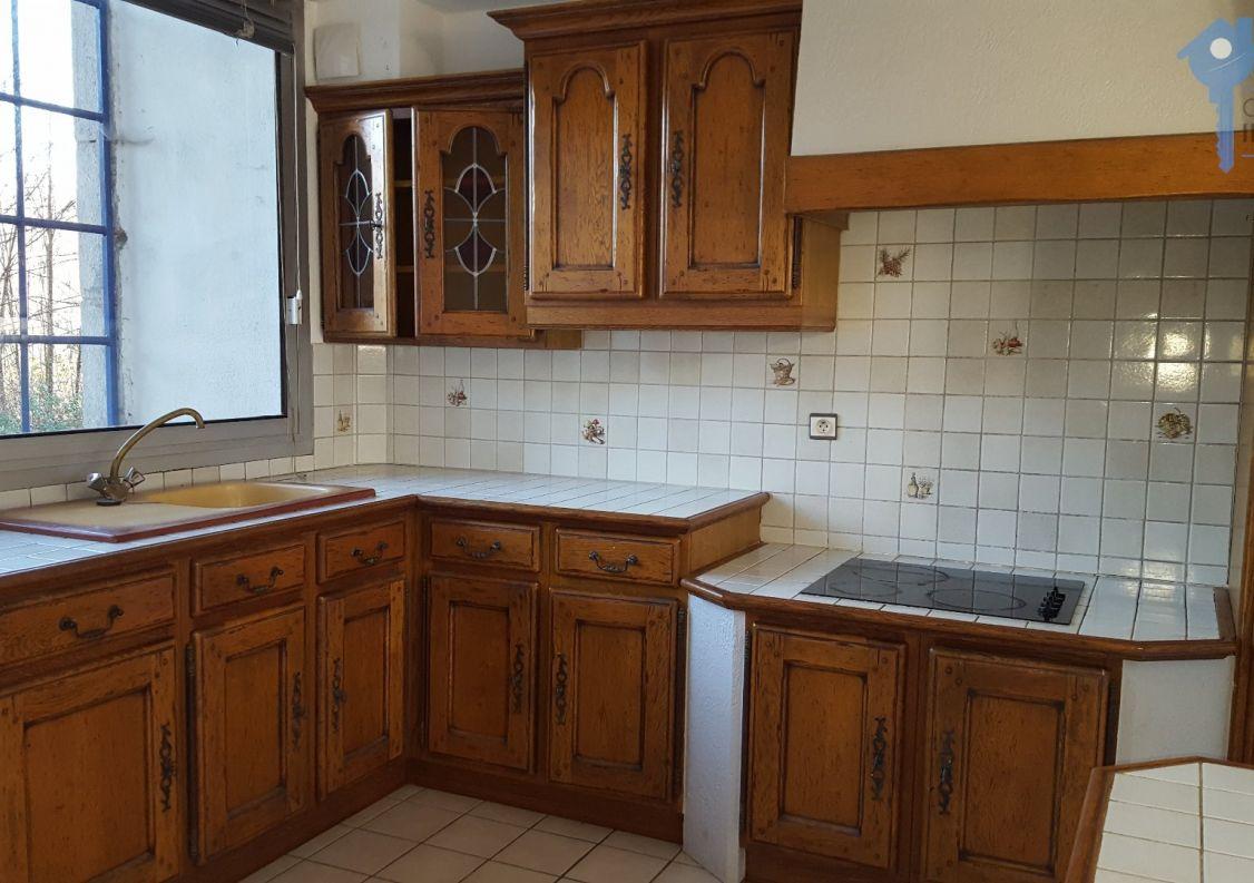 A vendre Joyeuse 3438036496 Comptoir immobilier de france