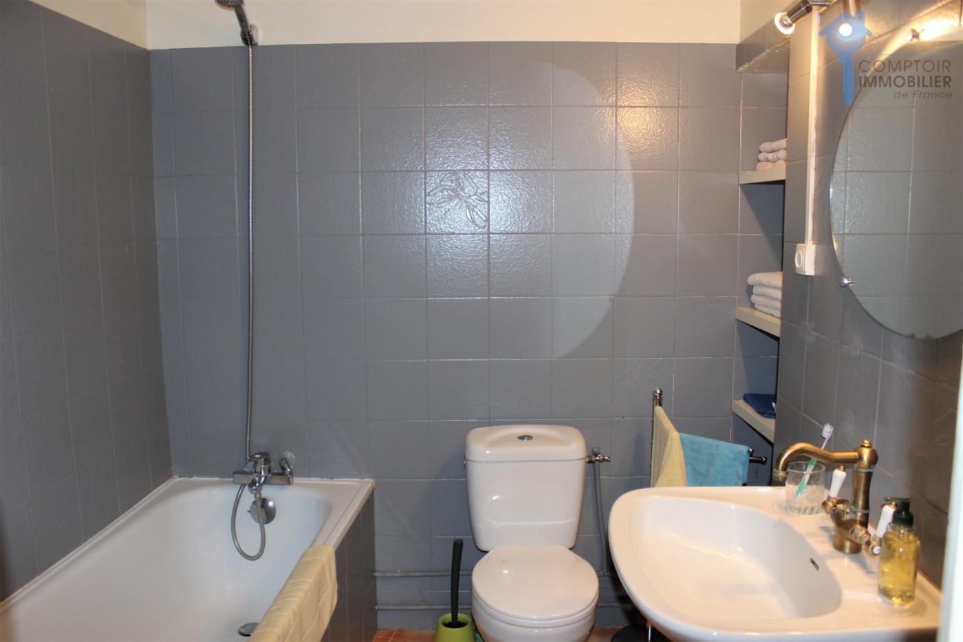 A vendre Lourmarin 3438036860 Comptoir immobilier de france