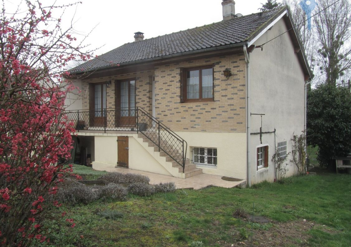 A vendre Le Val Saint Germain 3438037227 Comptoir immobilier de france