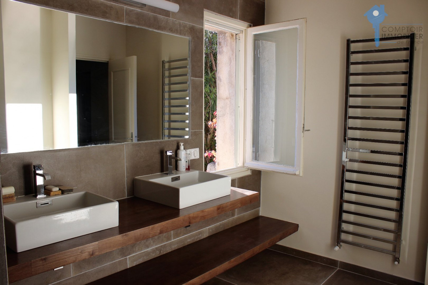 A vendre Lauris 3438040093 Comptoir immobilier de france