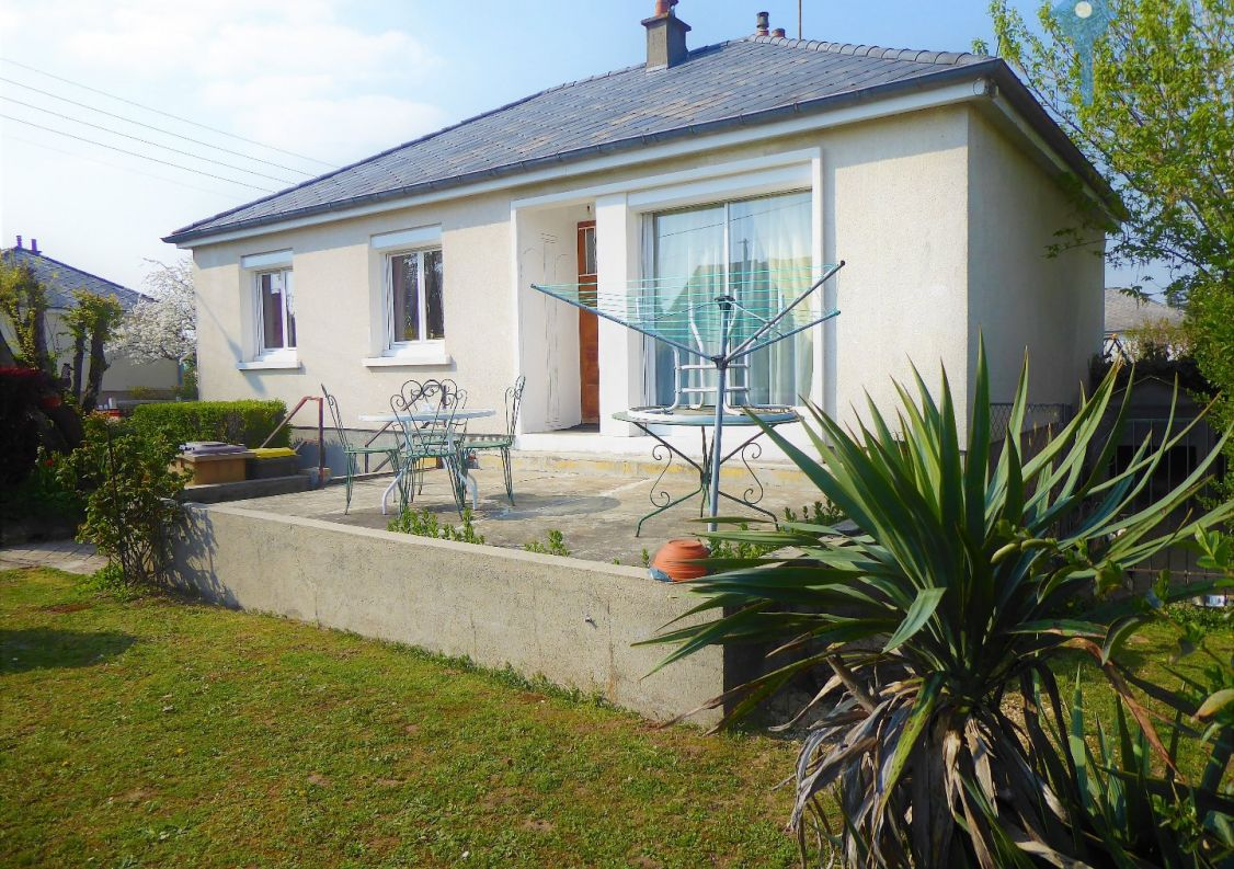 A vendre Villemandeur 3438040470 Comptoir immobilier de france