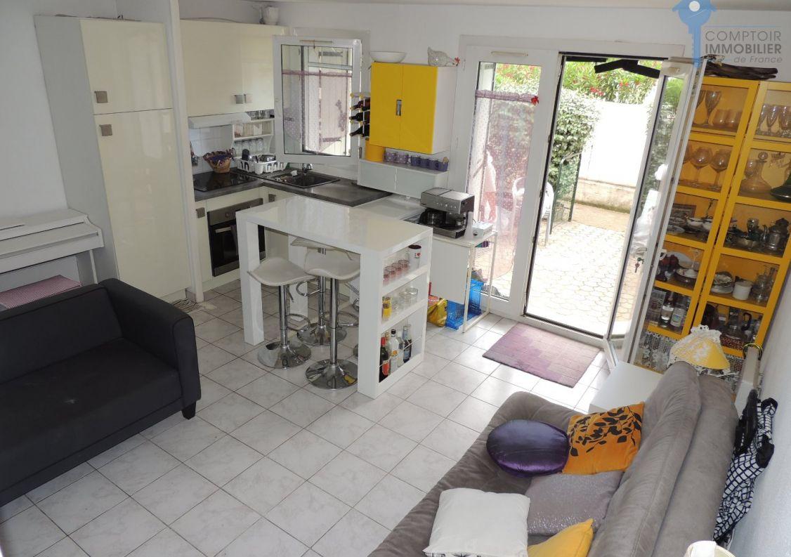 A vendre Aigues Mortes 3438042245 Comptoir immobilier de france