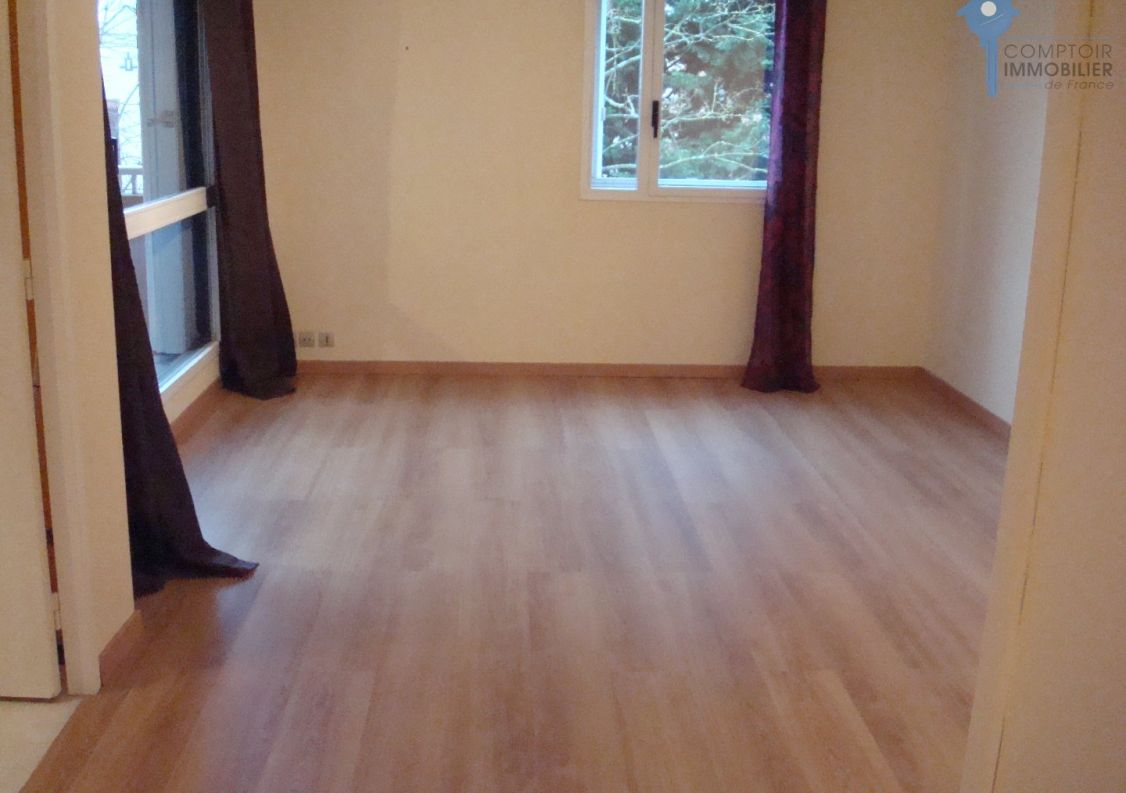 A vendre Evry 3438043698 Comptoir immobilier de france