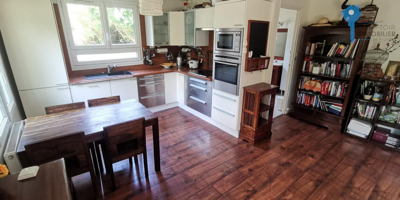 A vendre Le Val Saint Germain 3438050743 Comptoir immobilier de france