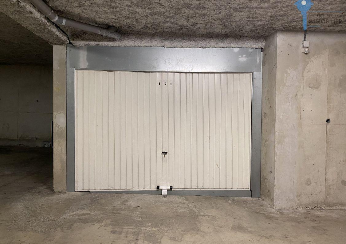A vendre Garage Montpellier | R�f 3438062309 - Comptoir immobilier de france