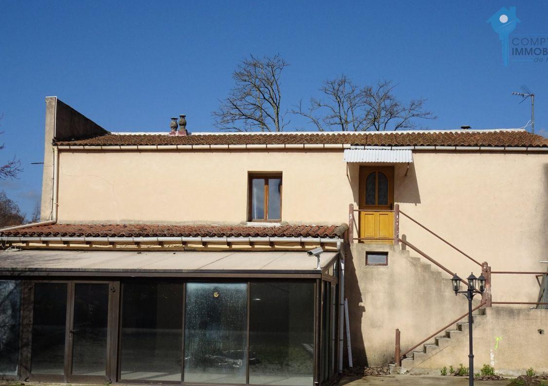 A vendre B�timent Laroque | R�f 3438062804 - Comptoir immobilier de france