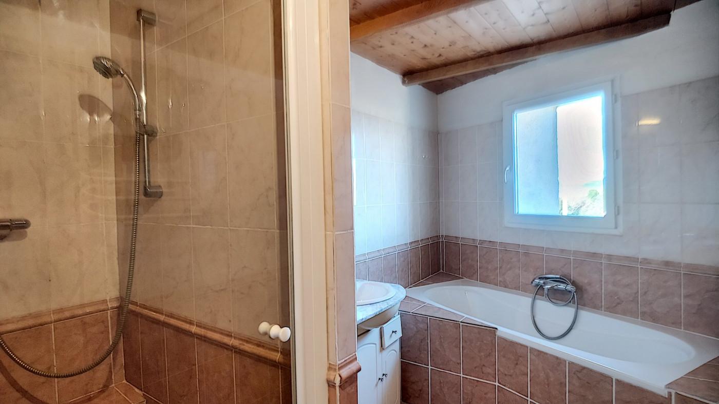 A vendre Saint Chinian 343901210 G&c immobilier