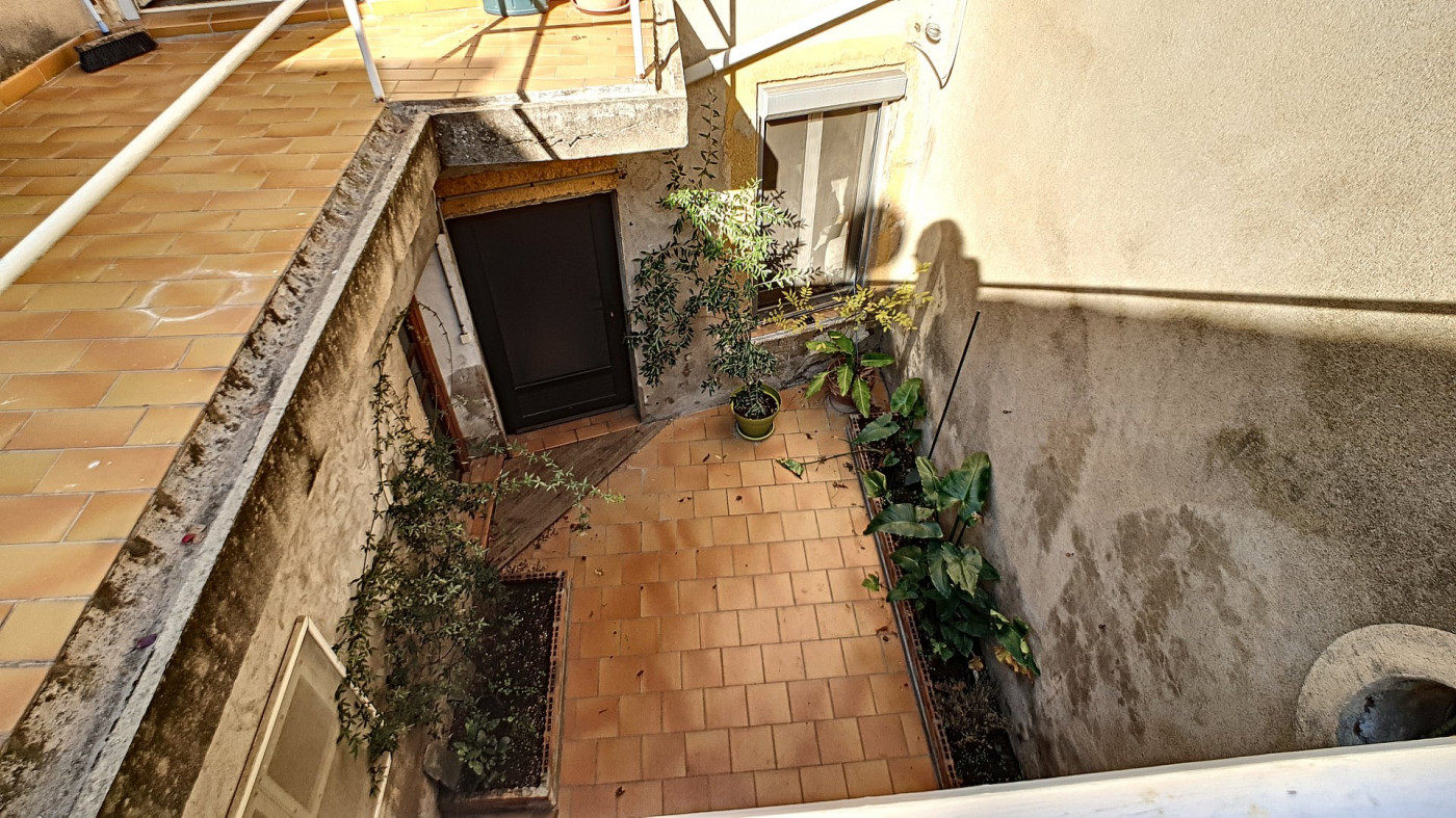 A vendre Saint Chinian 343901378 G&c immobilier