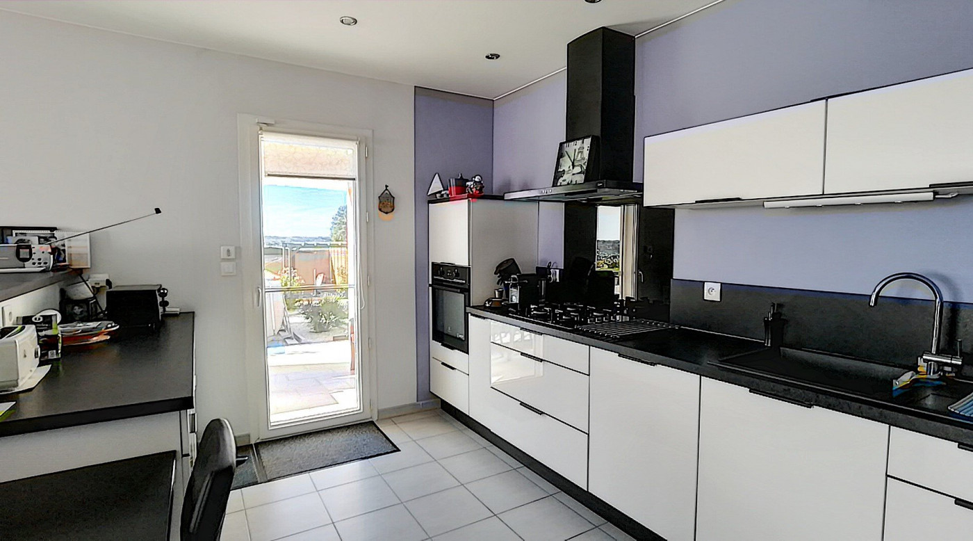A vendre Valros 343901384 G&c immobilier
