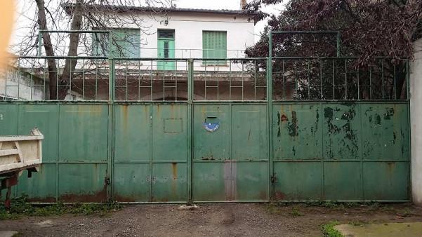 A louer  Pezenas   Réf 34423448 - Agence pezenas immobilier