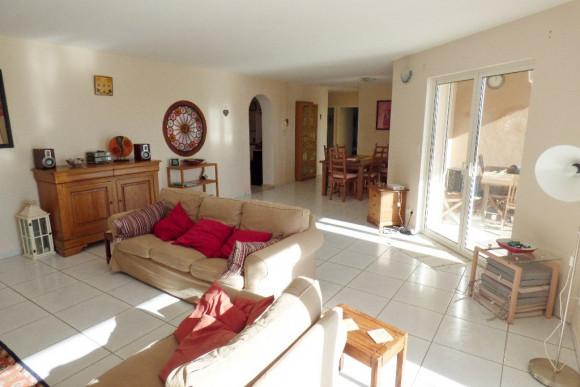 A vendre Faugeres 344241304 Agence pezenas immobilier